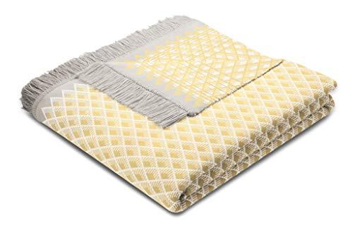 biederlack® flauschig-weiche Kuschel-Decke Daylight gelb mit Fransen - aus Baumwolle und dralon®