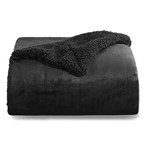 Bedsure Sherpa Decke Schwarz 150x200 cm hochwertige Wohndecken Kuscheldecken, zweiseitig, extra Dicke