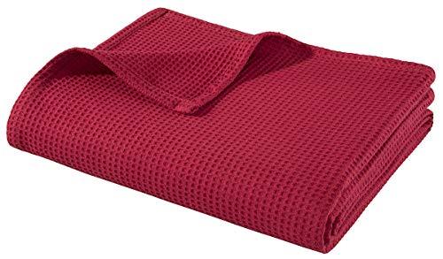 WOHNWOHL Tagesdecke 150 x 200 cm • Waffelpique leichte Sommerdecke aus 100% Baumwolle • Luftige Sofa-Decke vielseitig einsetzbar • Pflegeleichte Wohndecke • Baumwolldecke Farbe: Rot