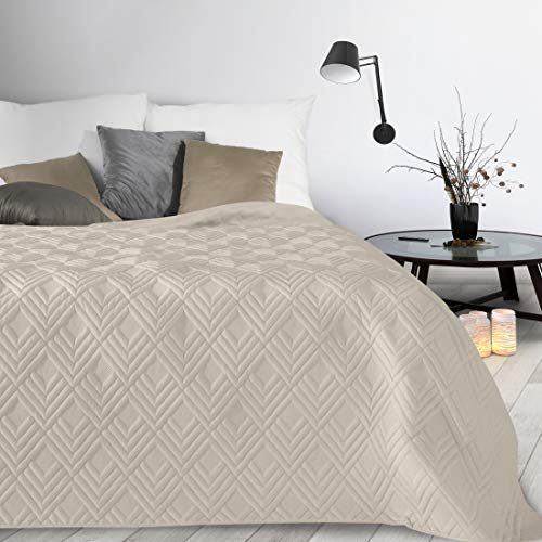 Design91 Tagesdecke Alara Gesteppter Bettüberwurf Einfarbig Steppung 3D Geometrisches Muster Ganzjährig (Creme 1, 230 x 260 cm)