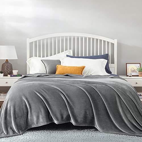 Bedsure Kuscheldecke Grau XXL Decke Sofa, weiche& warme Fleecedecke als Sofadecke/Couchdecke, kuschel Wohndecken Kuscheldecken, 220x240 cm extra flaushig und plüsch Sofaüberwurf Decke